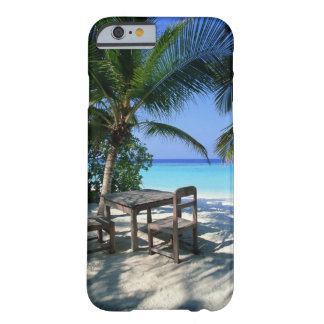 Resort Image Barely There iPhone 6 Case