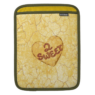 Retro Beige Cream Pattern. 2 Sweet Message Sleeves For iPads