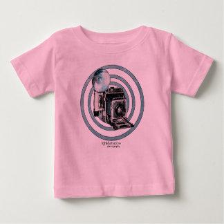 """""""Retro Camera"""" infant t-shirt"""