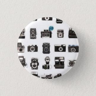 Retro cameras rule 3 cm round badge