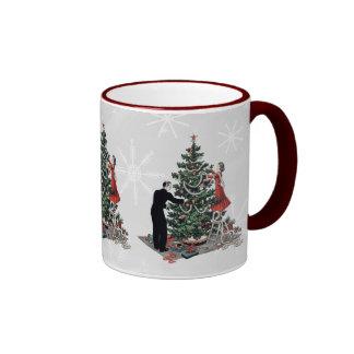 Retro Christmas Tree Ringer Mug