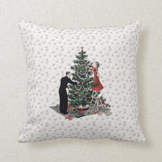 Retro Christmas Tree Throw Cushion
