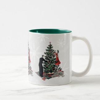 Retro Christmas Tree Two-Tone Mug