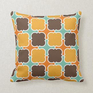 Retro Colors Barbed Quatrefoil Pattern Throw Pillow