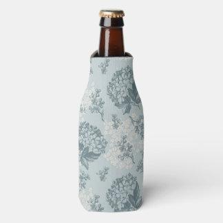 Retro floral pattern with viburnum flowers bottle cooler