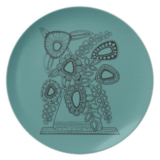 Retro Floral Vase Line Art Design Dinner Plate