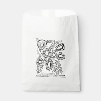 Retro Floral Vase Line Art Design Favour Bags