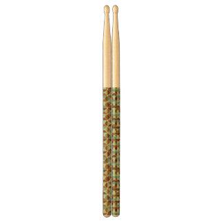 Retro geometric pattern drumsticks