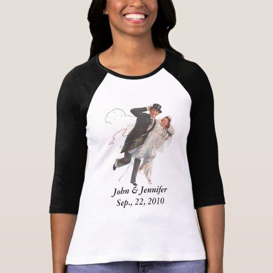 RETRO HAPPY WEDDING COUPLE DESIGN T-Shirt