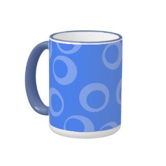 Retro pattern. Circle design in blue. Coffee Mug