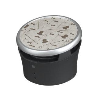 Retro pattern for man 2 speaker