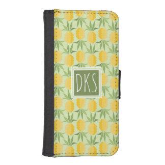 Retro Pineapples | Monogram iPhone SE/5/5s Wallet Case