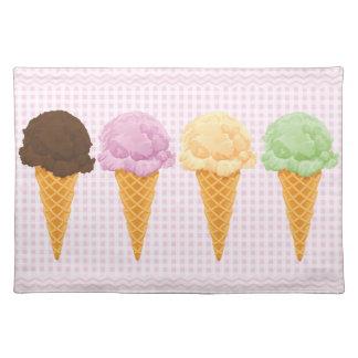 Retro Pink Gingham Ice Cream Cones Place Mats