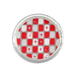 Retro Red Starbursts Round Ring