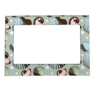 Retro Seashell Pattern Magnetic Frame