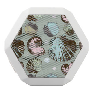 Retro Seashell Pattern White Bluetooth Speaker