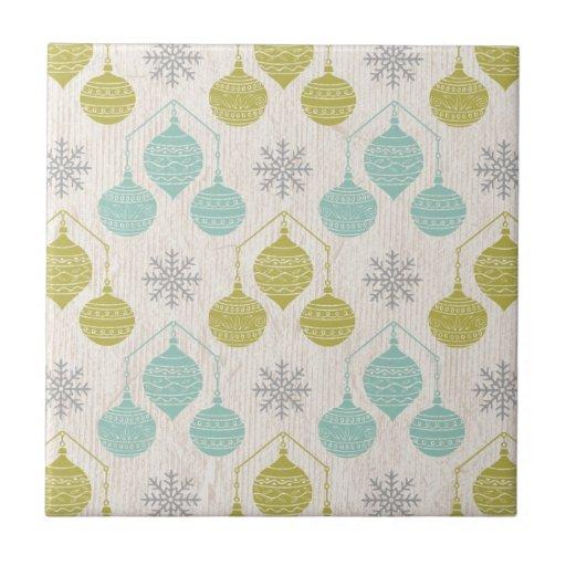 Retro snowflake and ornament -tile trivet