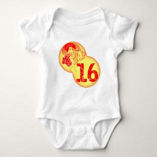 Retro Sweet 16th Birthday Gifts T-shirt