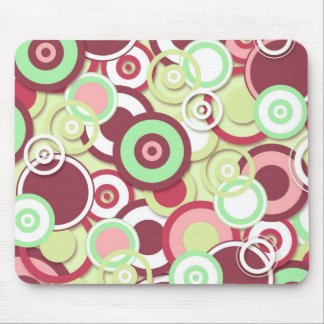 Retro Targets Pattern in Pinks and Pastels Mousepad