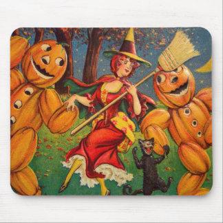 Retro Vintage Kitsch Halloween Dancing Pumpkins Mouse Pad