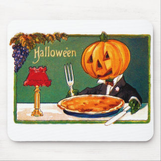 Retro Vintage Kitsch Halloween Pumpkin Eating Pie Mouse Pad