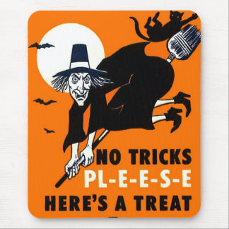 Retro Vintage Kitsch Halloween Trick or Treat Mouse Pad