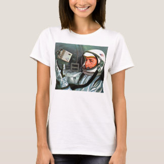 Retro Vintage Kitsch NASA Astronaut Super 8 Camera T-Shirt