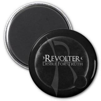 Revolter Magnet