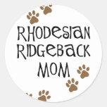 Rhodesian Ridgeback Mum Round Stickers