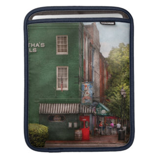 rick shaw sleeve - vert iPad sleeve - Customized
