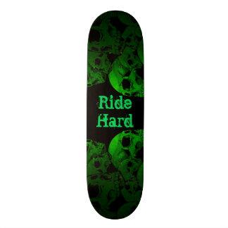Ride Hard Green Skulls 18.4 Cm Mini Skateboard Deck