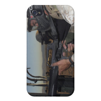 Rifleman keeps alert covers for iPhone 4