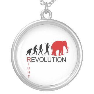 RIGHT REVOLUTION ROUND PENDANT NECKLACE