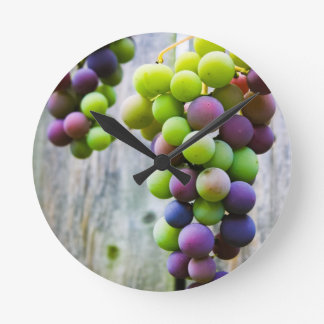 Ripening Grapes Round Clock