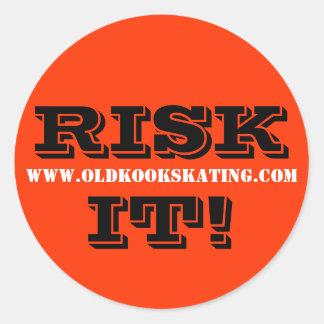 RISK IT! ROUND STICKER