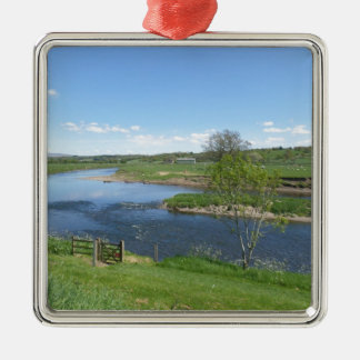 River in England Silver-Colored Square Decoration