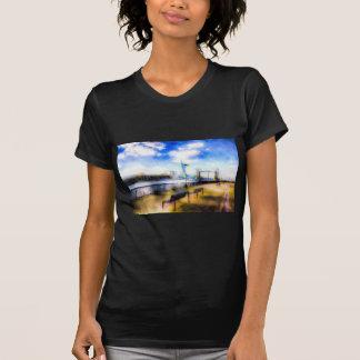 River Thames View Art T-Shirt
