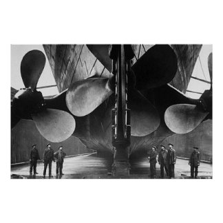 RMS TITANIC Propellers Poster Posters