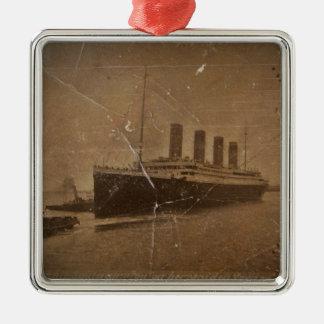 RMS Titanic Southampton Silver-Colored Square Decoration