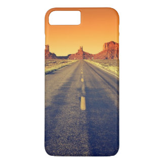 Road To Monument Valley At Sunset iPhone 7 Plus Case