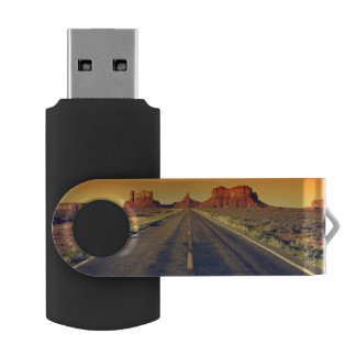 Road To Monument Valley At Sunset USB Flash Drive