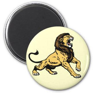 roaring lion 6 cm round magnet