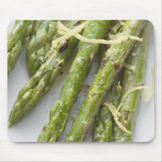 Roasted green asparagus with lemon zest, mouse mat