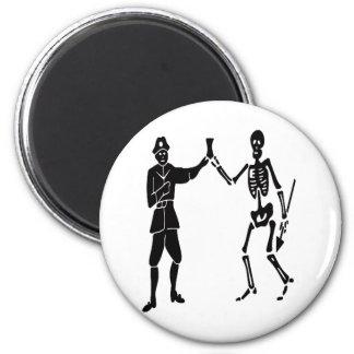 Roberts pirate flag 6 cm round magnet