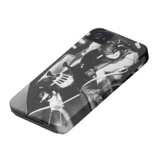 Robin and Batman in Batmobile iPhone 4 Covers
