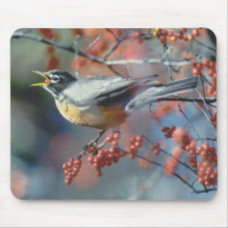 Robin eating berry mouse mat
