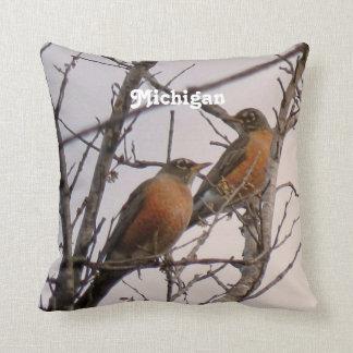 Robins Cushion