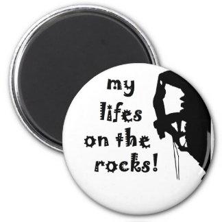rocks 6 cm round magnet