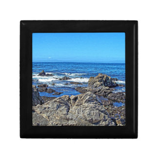 Rocks on the beach01 small square gift box