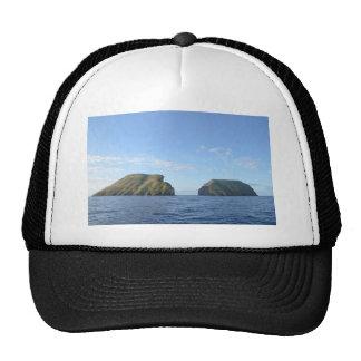 Rocky islands cap